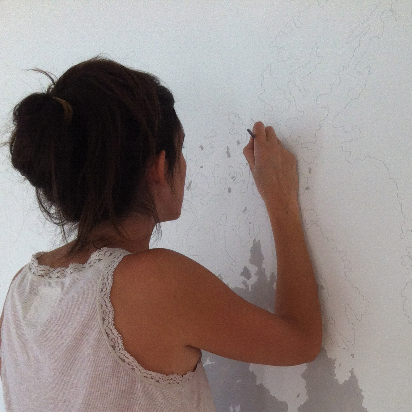 diy 6 une mappemonde murale pierre papier ciseaux. Black Bedroom Furniture Sets. Home Design Ideas