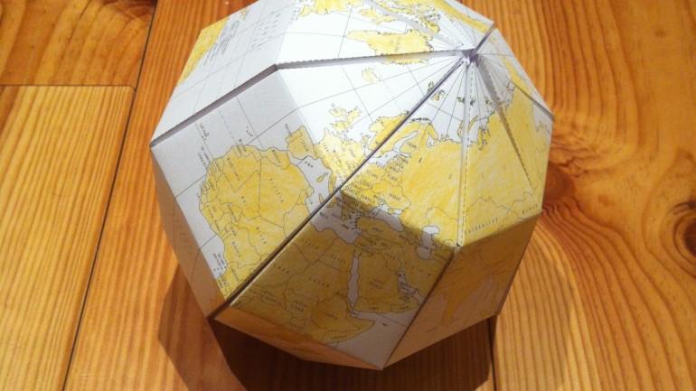 globe en papier DIY