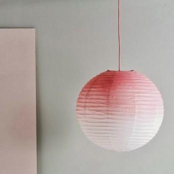 lampion peint à la bombe corail