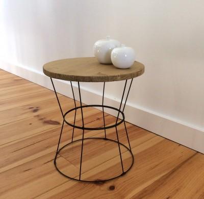DIY #17 – Une table d'appoint à base d'abats-jours