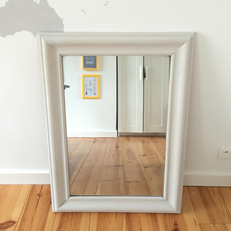 8 conseils pour utiliser la peinture en bombe pierre. Black Bedroom Furniture Sets. Home Design Ideas