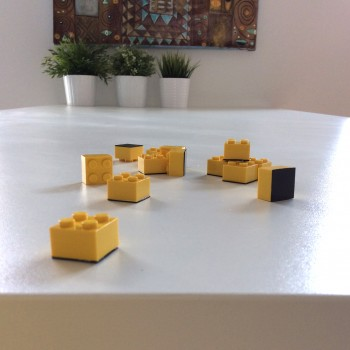 legos transformés en aimants