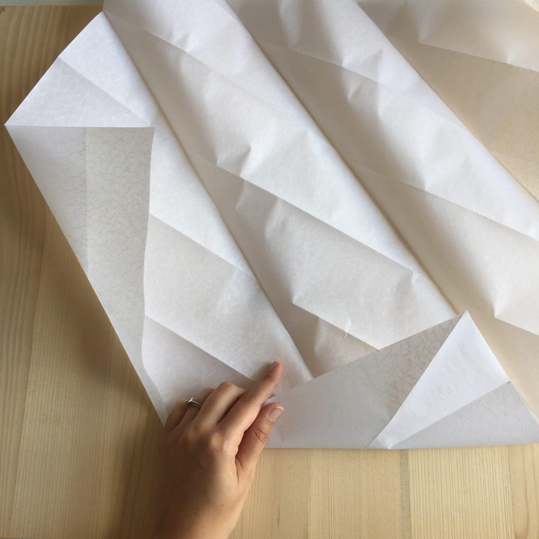 diy 26 une lampe origami pierre papier ciseaux. Black Bedroom Furniture Sets. Home Design Ideas