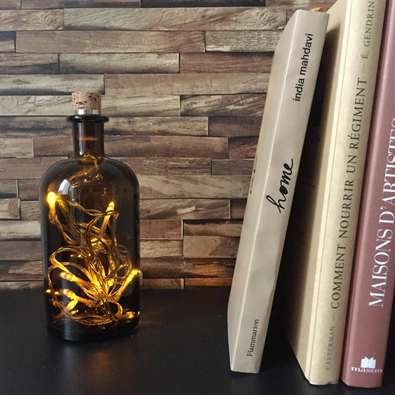 Des id es pour d corer avec des bouteilles en verre pierre papier ciseaux - Decoration de bouteille en verre ...