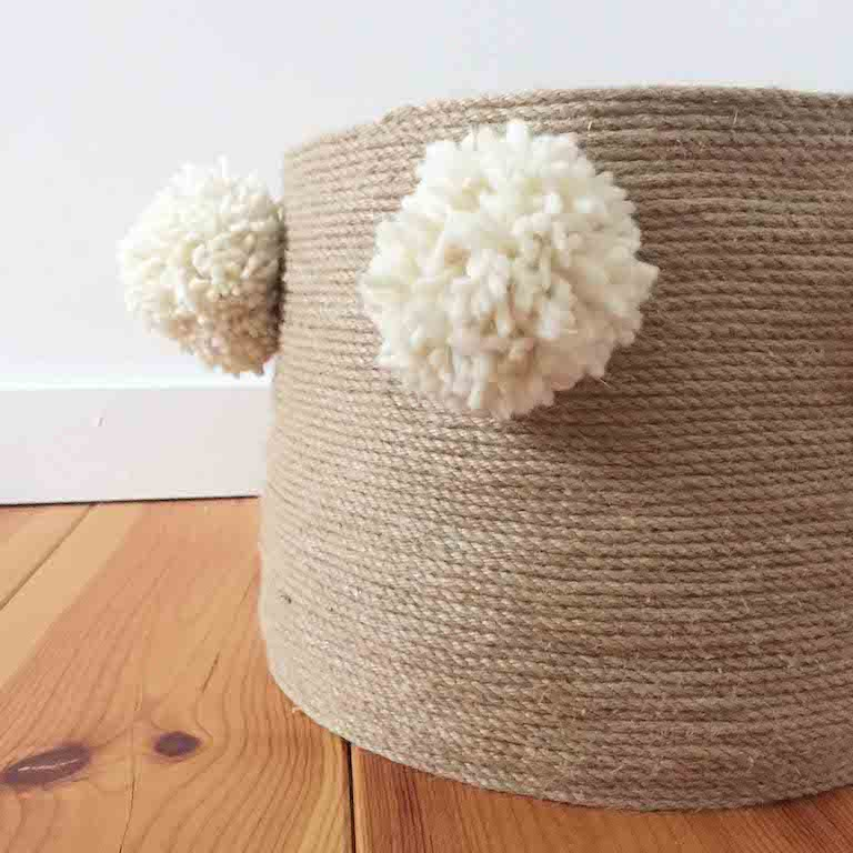 diy 38 un panier en jute pierre papier ciseaux. Black Bedroom Furniture Sets. Home Design Ideas