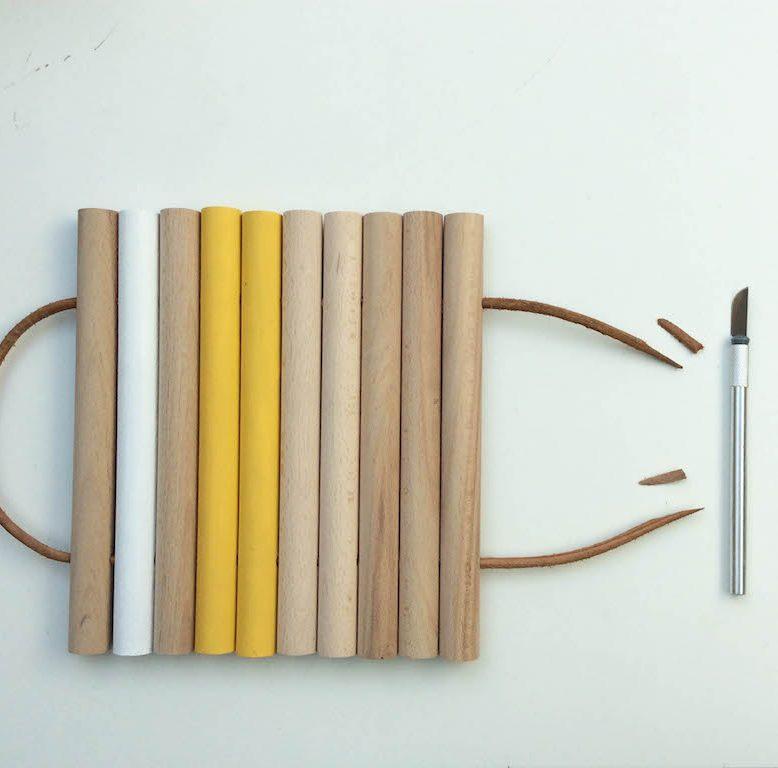 diy 46 un dessous de plat en bois. Black Bedroom Furniture Sets. Home Design Ideas