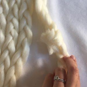 DIY tapis en laine XXL chunky knit sans tricoter