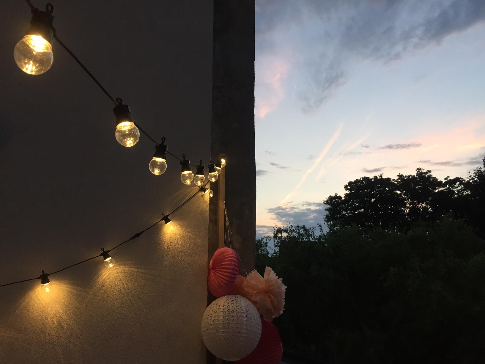 deco-de-fete-boheme-outdoor-exterieur-pierre-papier-ciseaux-skylantern-guinguette