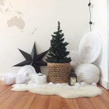 Déco de Noël en noir et blanc, look scandinave minimaliste