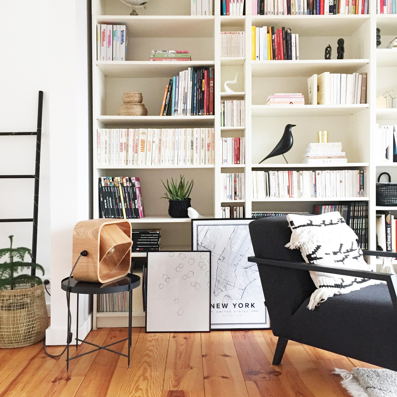 Comment Habiller Un Grand Mur De Salon avant-après : décorer une bibliothèque |