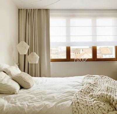 Rideaux et store dans la chambre : Heytens habille ma fenêtre