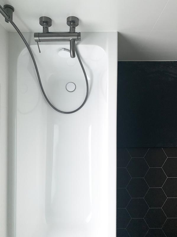pierre-papier-ciseaux-decoratrice-noemie-meijer-salle-de-bain-moisson14