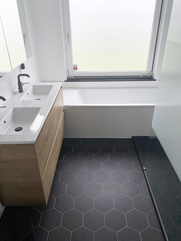 pierre-papier-ciseaux-decoratrice-noemie-meijer-salle-de-bain-moisson7