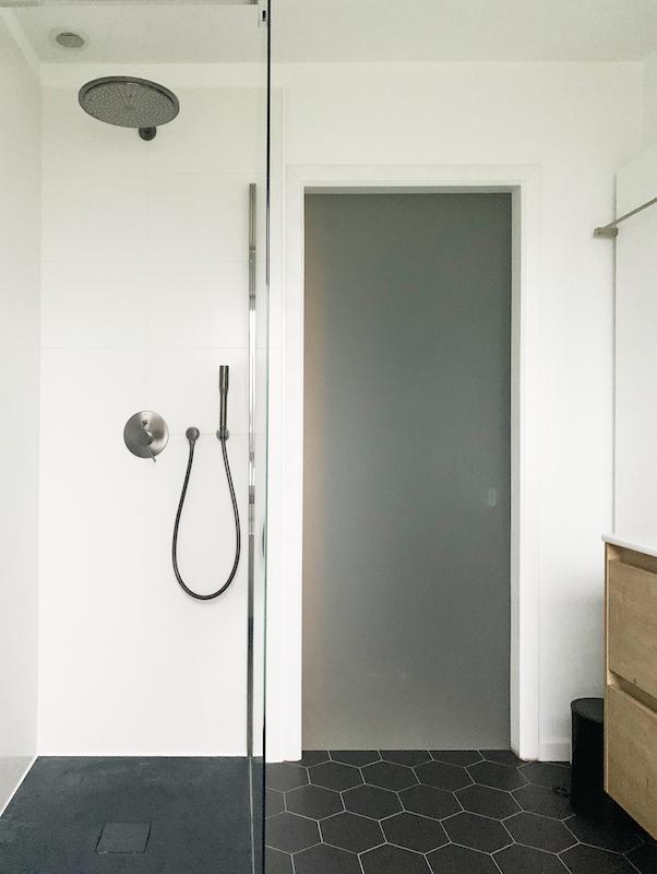pierre-papier-ciseaux-decoratrice-noemie-meijer-salle-de-bain-moisson8